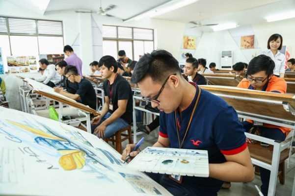 Phát triển khả năng thiết kế bằng tay cho sinh viên Duy Tân